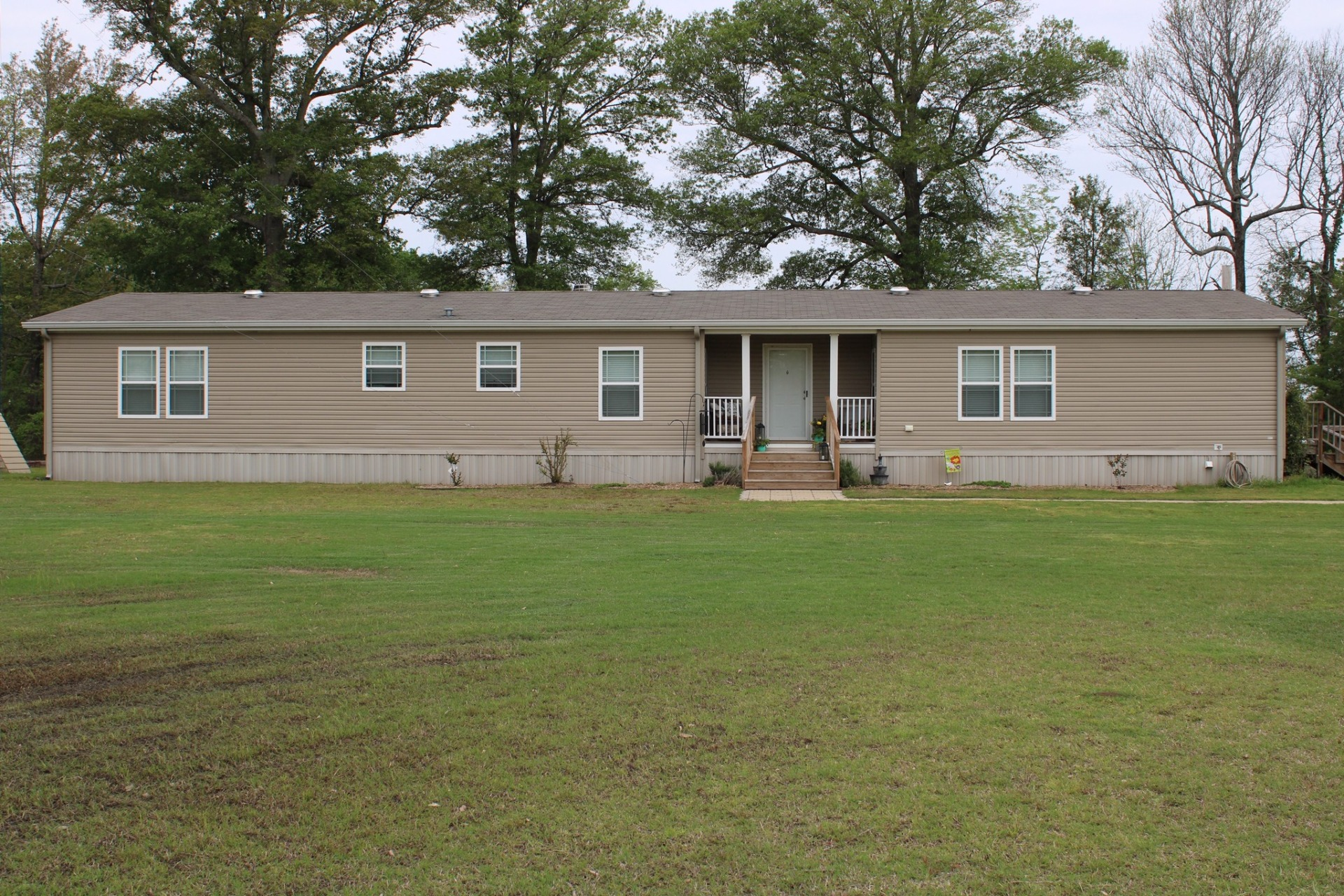 PRICE REDUCED $4,500 – 187 Bayou Dr., Lake Village