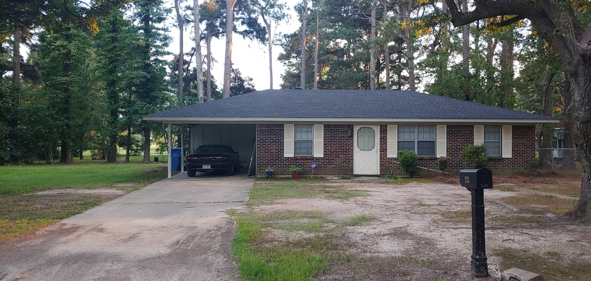 You are currently viewing 233 Park Drive, Dermott, AR 71638