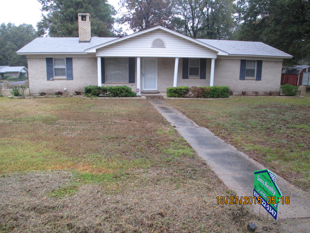 712 Grandview, McGehee, Arkansas 71654